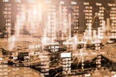 Maneira moderna de troca Bitcoin é pagamento conveniente em global Fotos de Stock Royalty Free