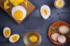 Maneiras diferentes de cozinhar ovos imagens de stock royalty free