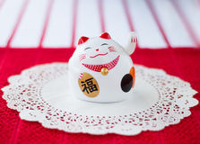 Maneki-neko (lucky cat) Royalty Free Stock Photos