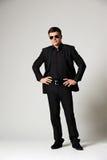 Manen i svart formellt ha på sig Fotografering för Bildbyråer