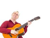 Leka gitarr för man Royaltyfri Bild