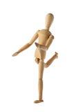 Manequim de madeira idoso do manequim que actua sobre o futebol isolado Foto de Stock Royalty Free