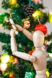 Manequim de madeira que decora a árvore do Xmas Imagem de Stock Royalty Free