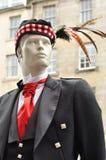 Manequin dans la robe traditionnelle d'écossais Photos libres de droits