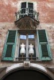 Manequins achter venster Stock Foto