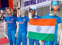 Manequins no desgaste dos esportes de jogadores indianos do grilo Imagens de Stock