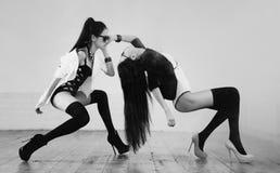Manera japonesa joven de las mujeres Foto de archivo