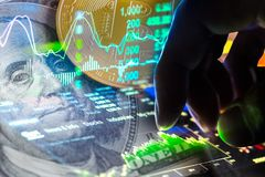 Manera moderna de intercambio Bitcoin es pago conveniente en global Fotografía de archivo libre de regalías