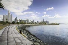Manera peatonal de la costa de mar de Panamá Imagen de archivo
