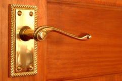 Maneta de puerta de cobre amarillo Fotografía de archivo