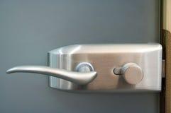 Maneta de puerta del metal Imagen de archivo libre de regalías