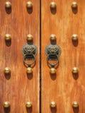 Maneta de puerta en Jing un templo Imágenes de archivo libres de regalías