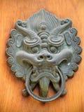 Maneta de puerta en Jing un templo Imagen de archivo