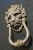 Maneta del ornamento del golpeador de puerta Foto de archivo libre de regalías