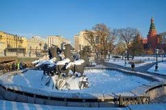 Manezhnaya广场和Alexandrovsky冬天视图从事园艺,莫斯科,俄罗斯 免版税图库摄影