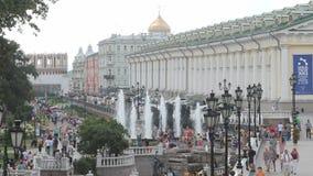 Manezhnayavierkant dichtbij Moskou het Kremlin stock videobeelden