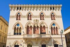 Manfredi Palace. Cerignola. La Puglia. L'Italia. fotografia stock libera da diritti