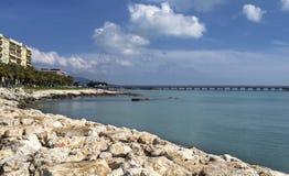 Manfredonia havssikt - Gargano - Apulia Arkivfoton
