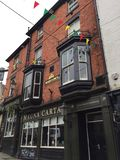 Manga Carta pub on a corner of a Lincoln Street. A pub in the city of Lincoln, England - by the name of Magna Carta Stock Photo