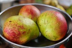Manga da maçã do fruto tropical, Filipinas imagem de stock