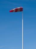 Manga de viento del aeropuerto - imagen vertical fotografía de archivo