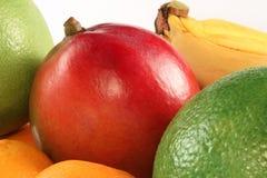 Manga fresca e frutas coloridas Fotos de Stock Royalty Free