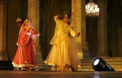 Mangala bhatt en Deepti Gupta presteren kathak Royalty-vrije Stock Foto's