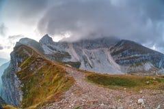 Mangart superiore nel parco nazionale di Triglav Fotografia Stock Libera da Diritti