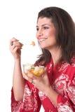 Manger du fruit Photographie stock libre de droits