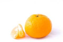 Mangerine und sein Läppchen (Mandarine) auf weißem Hintergrund Stockfotos
