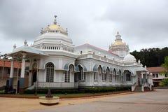 Mangeshi Shiva świątynia, Goa, India Obrazy Royalty Free