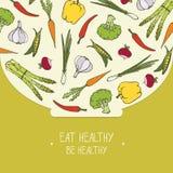 Mangi l'alimento sano! Verdure organiche in una ciotola per insalata - copertura dell'illustrazione Fotografia Stock