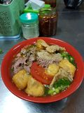 Mangiando a Hanoi immagini stock