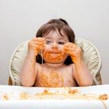 Mangiatore sudicio divertente felice immagini stock libere da diritti