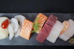 Mangime per pesci immagini stock libere da diritti