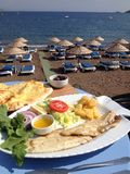 Mangime per pesci del locale del porto della Turchia Turunc Immagine Stock Libera da Diritti