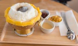 Mango bingsu, Fruit ice dessert Stock Images