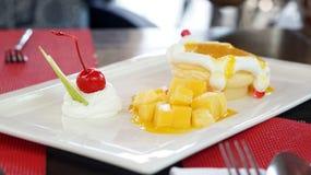 Mango cheese cake Royalty Free Stock Photography