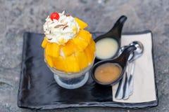 Mango di Bingsu Crema del gelato alla frutta Fotografia Stock Libera da Diritti