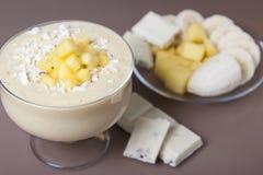 Mango e banana del frullato Immagini Stock