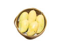 Mango en cesta Imagenes de archivo