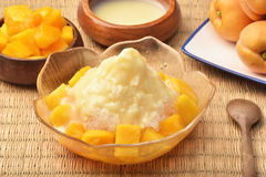 Mango geschoren ijs stock foto