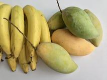 Mango och banan Arkivfoto