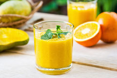 Mango and Orange smoothie Royalty Free Stock Photography