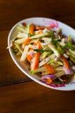 Mango-Som Tam-Salat Lizenzfreie Stockfotos