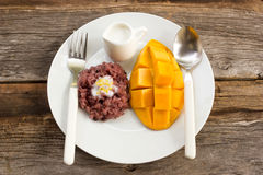 Mango with sticky rice, traditional dessert of thailand. Stock Photos
