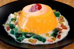 Mangofrucht gefrorenes Sorbet Lizenzfreie Stockfotos