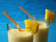 Mangofrucht Lassi stockfoto