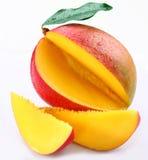 Mangofrucht mit Kapitel stockfotografie