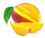 Mangofrucht mit Kapitel lizenzfreie stockfotos